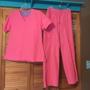 Carhartt scrubs size Small